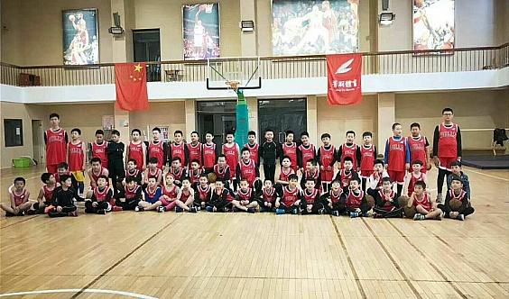 马陆镇育才中学篮球🏀周末班训练营火热报名中