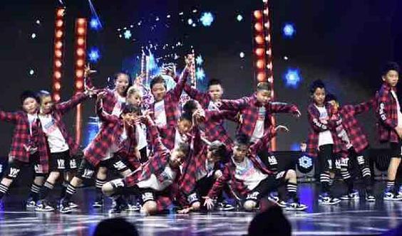 拉钶儿舞蹈中心🔥爵士街舞新生体验课预约中……