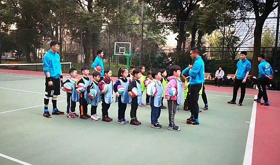 永冠暑期班活动开始啦!免费体验篮球课!