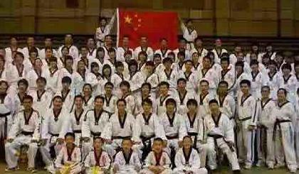 互动吧-炫武高端竞技跆拳道体验课程