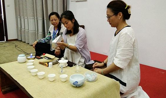 (每周日禅茶一味公开课上午9:30--11:30共8周)
