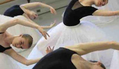 互动吧-成人舞蹈班-拉丁舞,爵士舞,芭蕾舞培训班免费试课预约