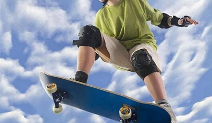 互动吧-冠群英滑板体验课