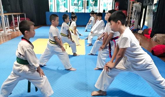 漢風武道教育连锁机构,常年招生!