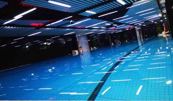 《新仕界游泳健身》鄞州店周年庆豪华礼包领取处
