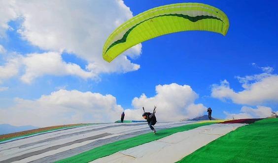 【预约】飞起来--天空不仅是鸟儿的天堂 滑翔伞飞行活动
