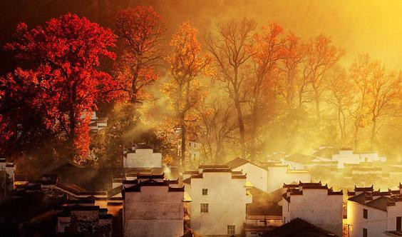 中国三大秋色塔川,婺源石城迷雾、篁岭晒秋梦幻秋色休闲游
