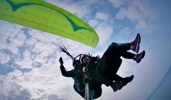 【自由行】海宁中国滑翔伞训练基地,穿越云端 与太阳肩并肩!