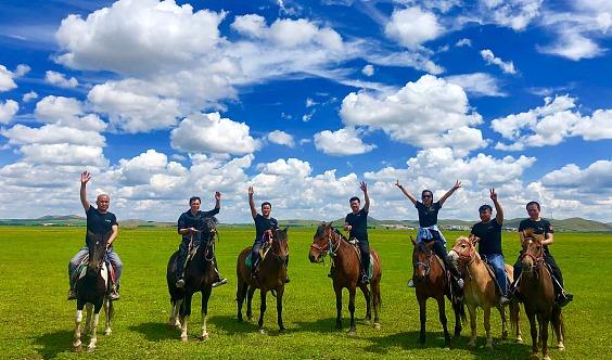五一假期 坝上草原 骑马 赠送烤全羊 七彩森林 篝火狂欢 大汉行宫 闪电湖