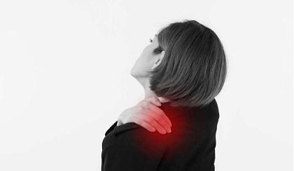 互动吧-什么是痉挛性斜颈?