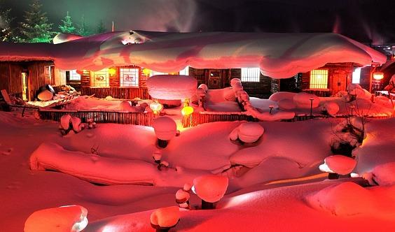 7天游【东北*哈尔滨】冰雪童话雪谷、雪乡穿越、长白山、滑雪、雾凇岛、镜泊湖冬捕、露天温泉、篝火晚会