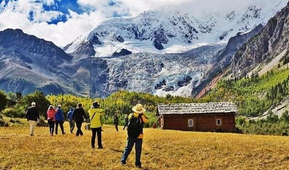春节8天@西藏|布达拉宫-大昭寺-巴松措-雅鲁-南迦巴瓦-米堆-波密-然乌湖-羊湖