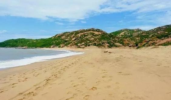 12.15那琴湾徒步,行摄踏浪踩沙漠般沙滩!