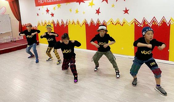 金果果少儿流行街舞班招生免费预约体验