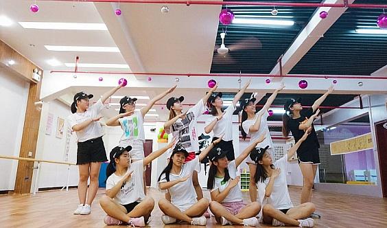 """JW流行舞训练营""""限额""""招生中...Hi girl舞团招募令在此,你敢来么?"""